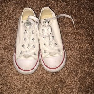 Converse Shoes - Girls converse shoes great condition